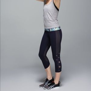 Lululemon High Rise Var-City Crop